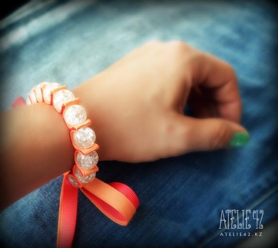Красивые браслет из ленточек